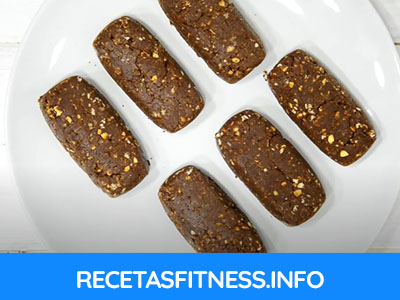 Barrita proteica con sabor chocolate totalmente casera y saludable