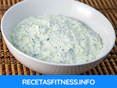 Salsa tzatziki saludable y fitness