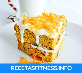 Tarta de zanahoria fitness muy fácil de hacer